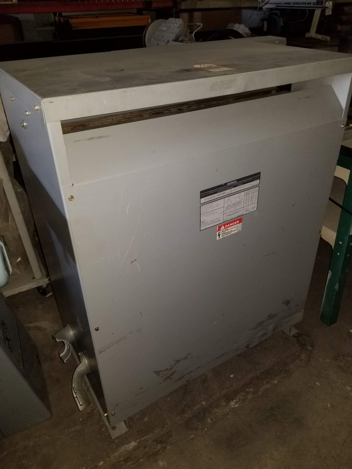 Lot 22 - Siemens Dry Type Transformer 150 KVA, Catalog 3F3Y150ST, Primary voltage (480V), secondary