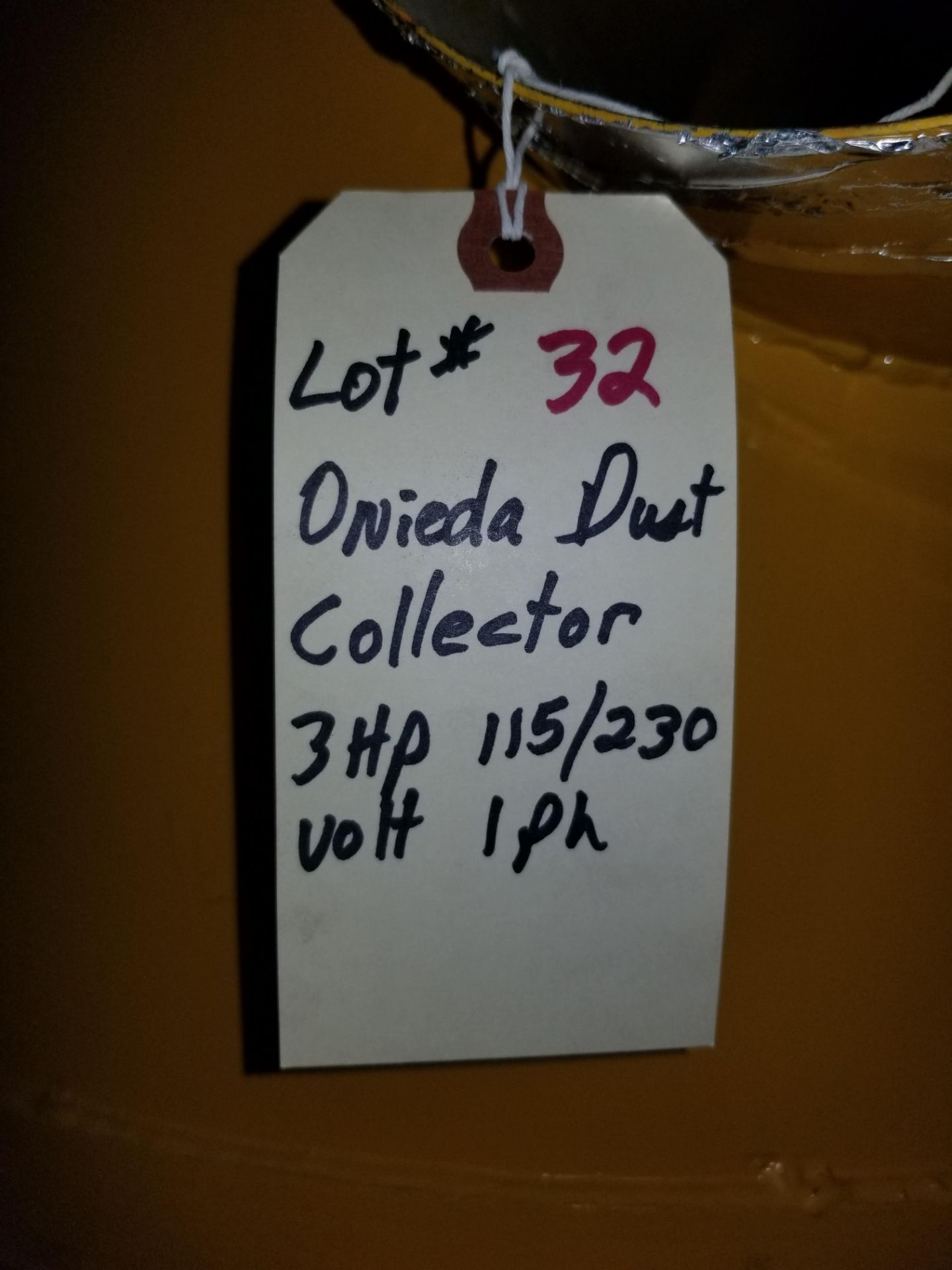 Lot 32 - Oneida Dust Collector 3hp Super Dust Gorilla, 3hp 1ph 115/230V