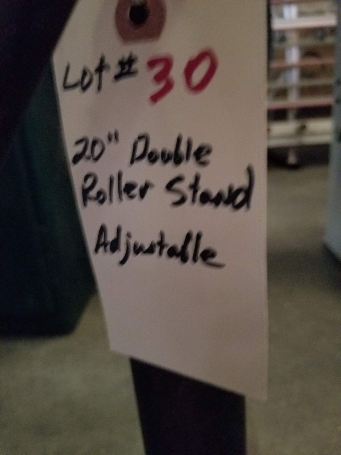 "Lot 30 - 20"" Double Roller Strand Adjustable"