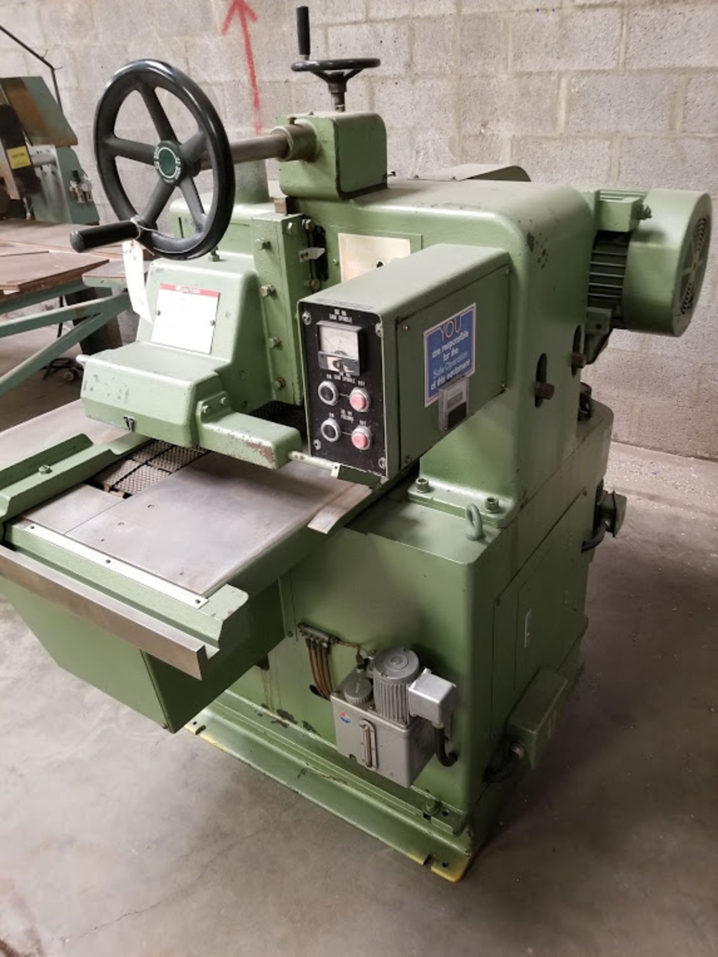 Lot 6 - Takekawa Straight Line Rip Saw, Model #RB25III, 10 HP 220/440 volt 3 phase, Varible speed drive