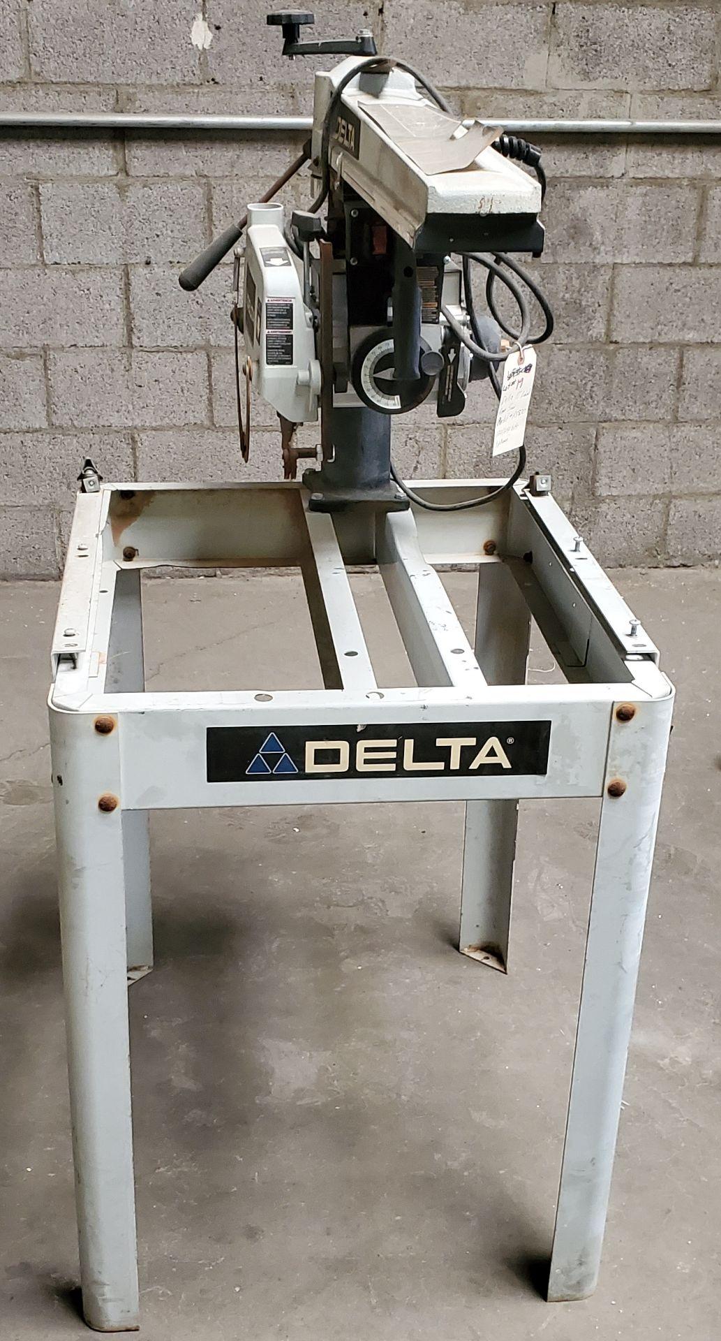 "Lot 19 - Delta 10"" Radical Arm Saw, Model #R5830 120/240 Volts 1Phase Motor"