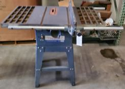 "10"" United Contractor's Table Saw, 2HP 110/220 Volts, 25"" Rails & Fence"