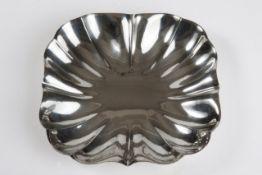 Quadratische Wiener Silberschale