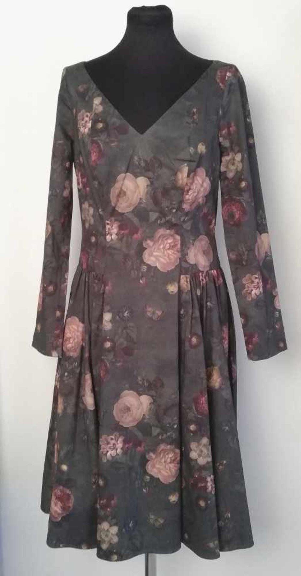 Los 14 - LENA HOSCHEK-Kleid