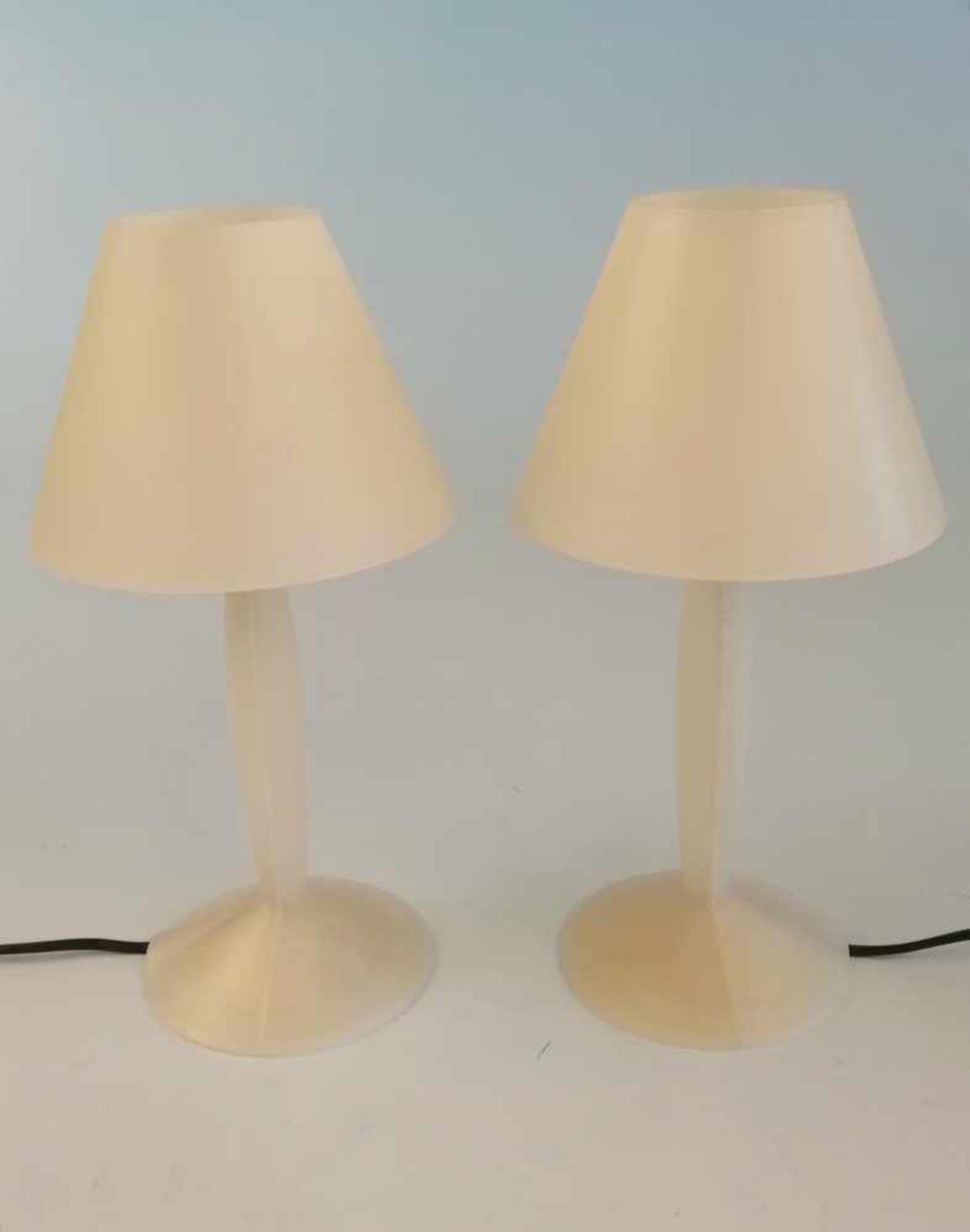Los 43 - Paar Nachttischlampen