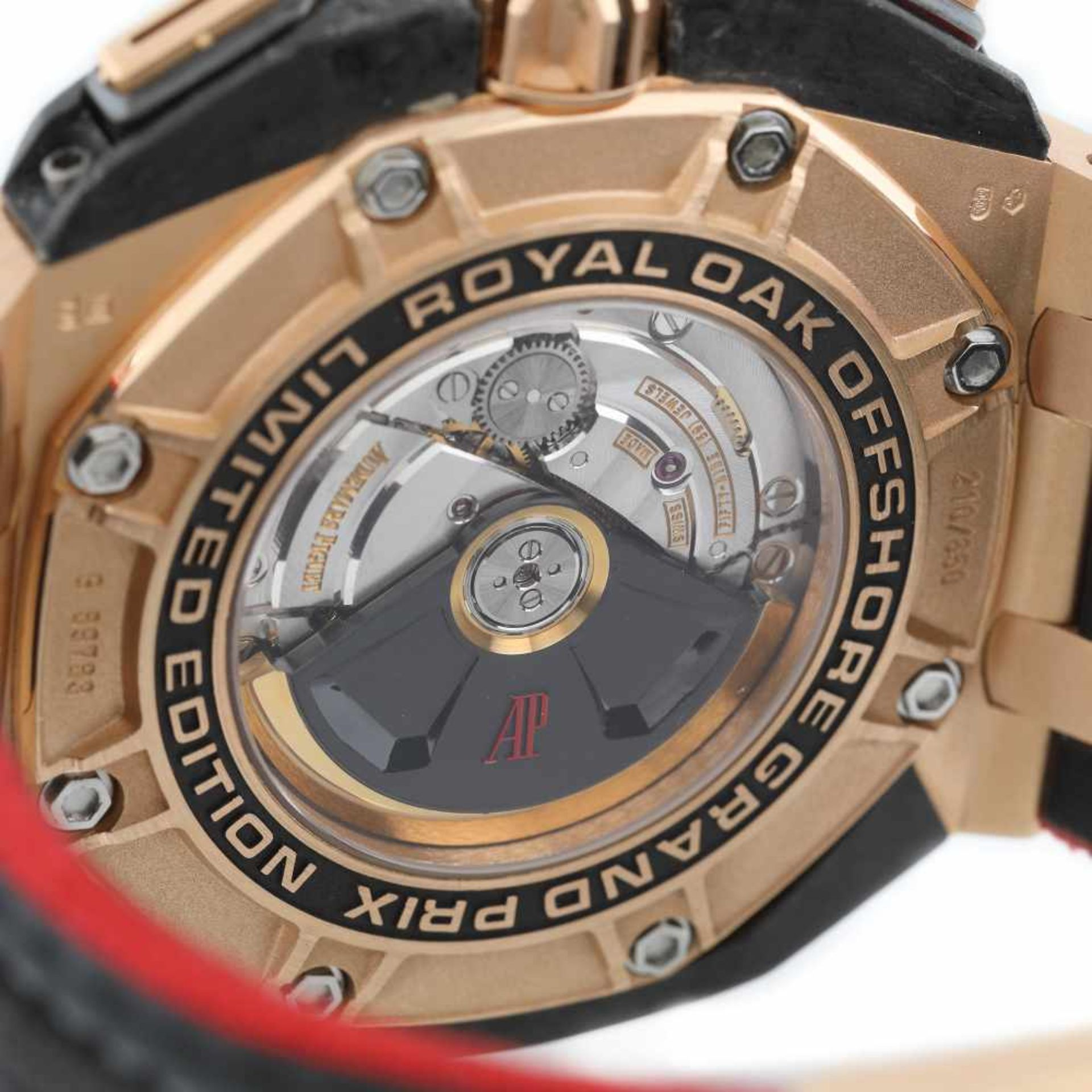 Audemars Piguet Royal Oak Offshore Grand Prix wristwatch, men, 210/650 - Bild 4 aus 4