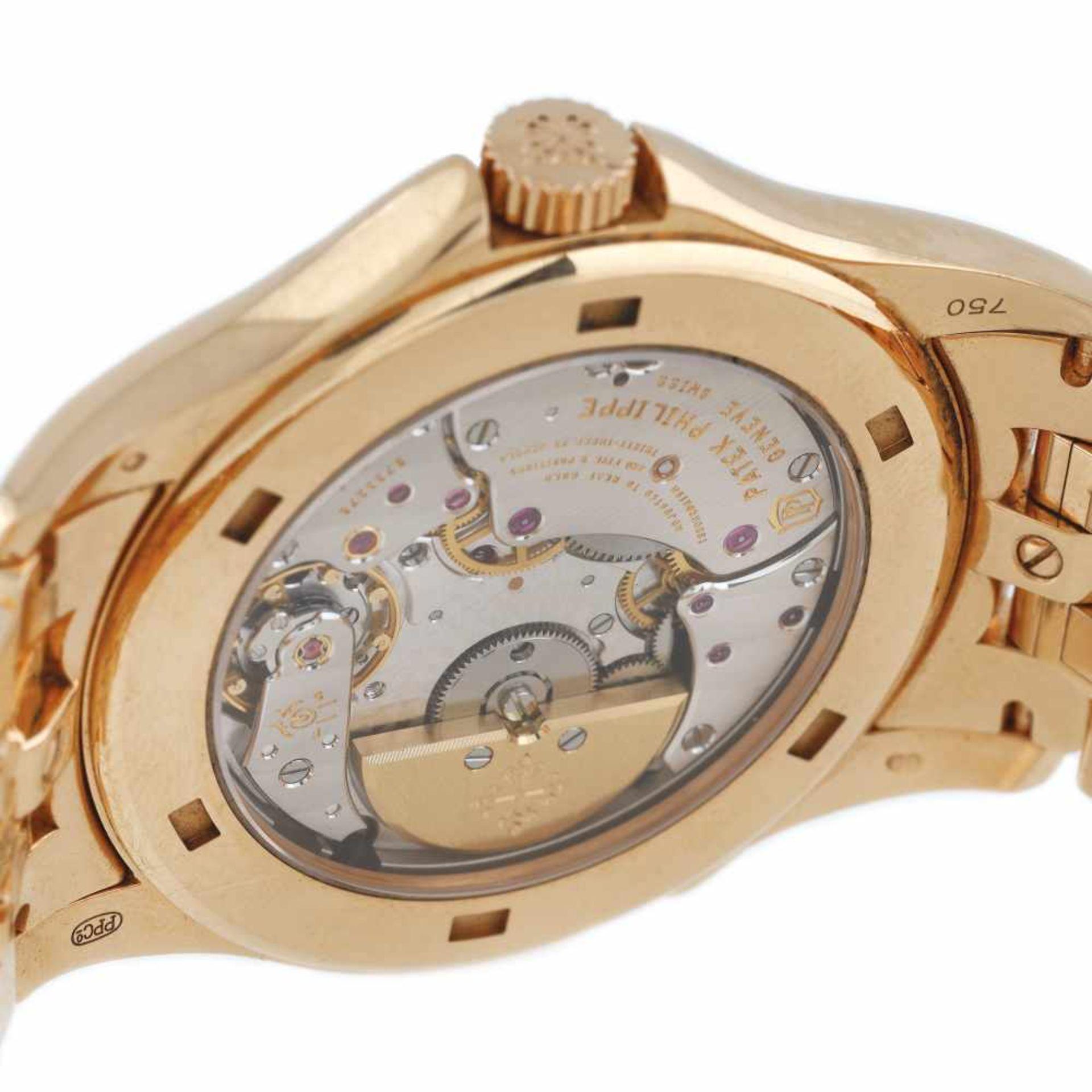 Patek Phillipe World Time wristwatch, gold, men, provenance documents and original box - Bild 3 aus 3