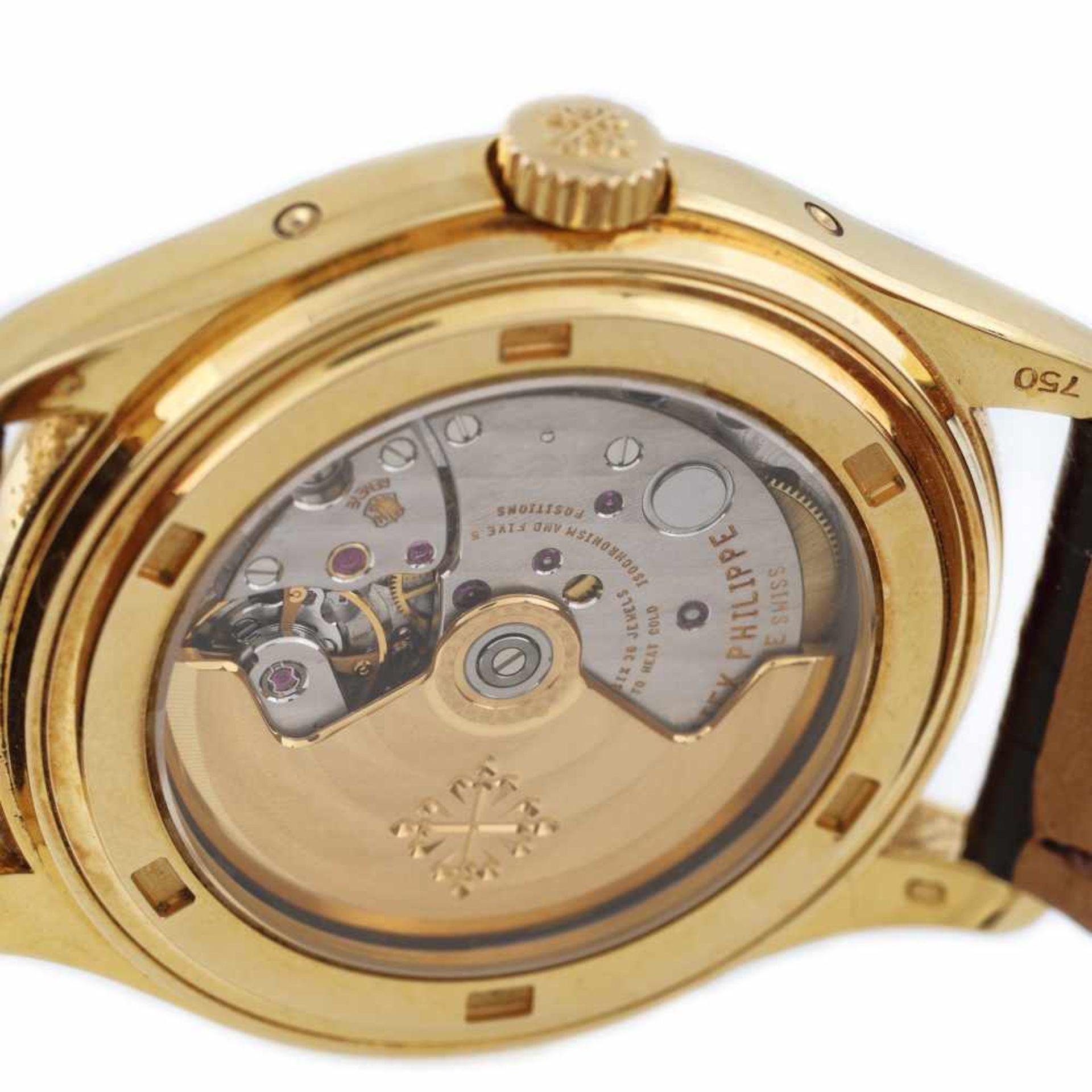 Patek Philippe Annual Calendar Moon Phase wristwatch, gold, men, provenance documents and original b - Bild 4 aus 4