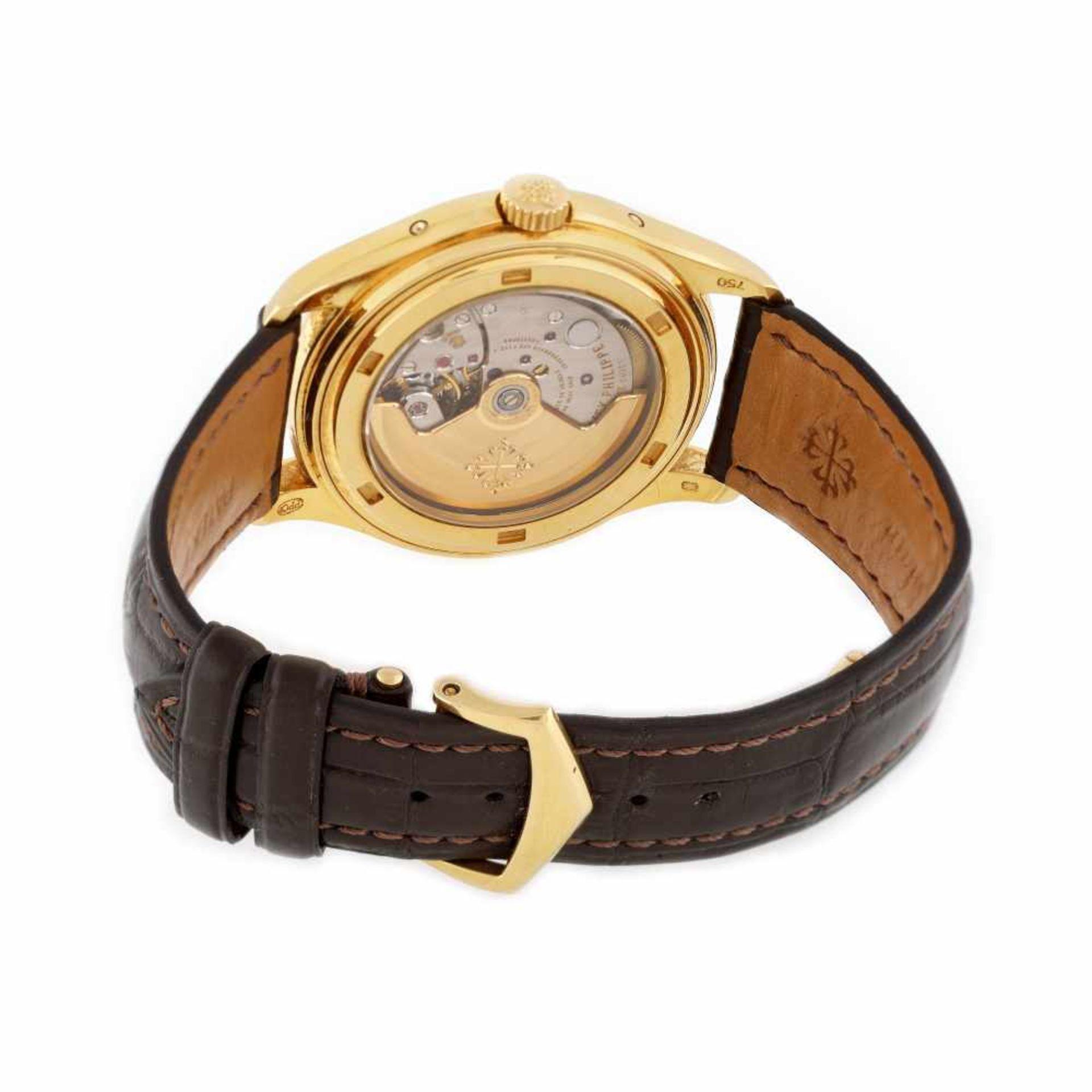 Patek Philippe Annual Calendar Moon Phase wristwatch, gold, men, provenance documents and original b - Bild 3 aus 4