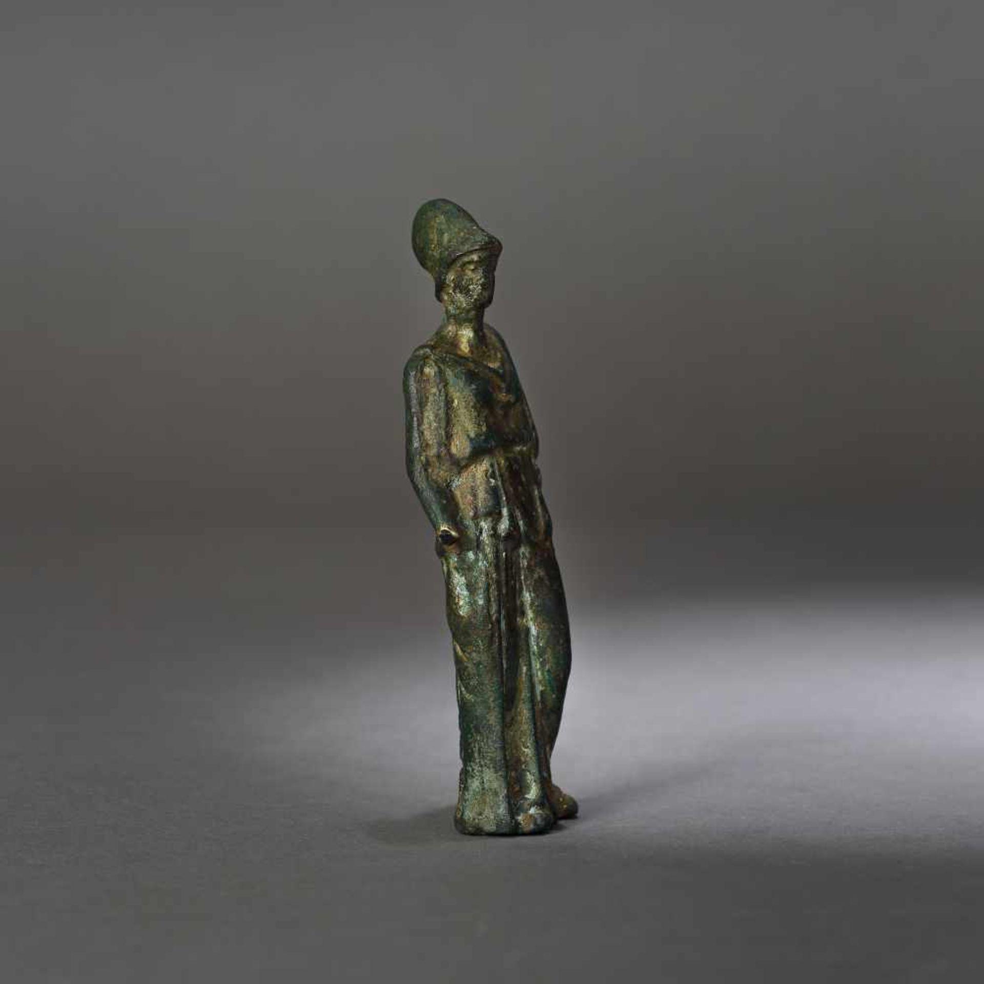 Bronze statuette depicting Athena, the goddess of wisdom, 1st century B.C. - Bild 3 aus 4