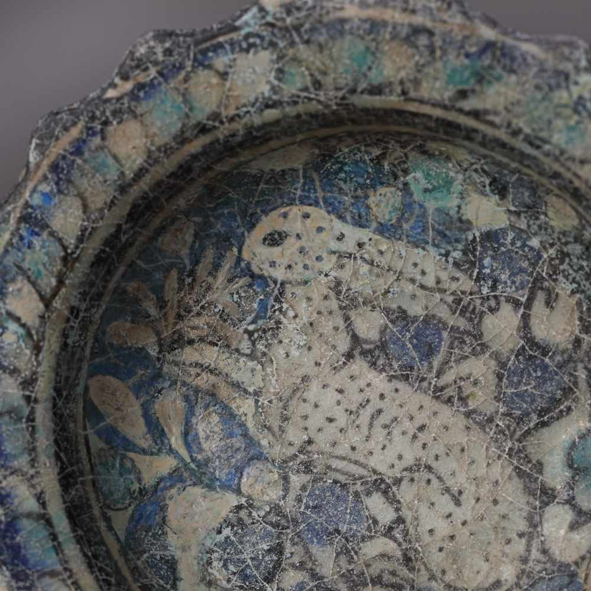 Glazed ceramic Persian bowl, decorated with hunting scene (a rabbit running), approx. 850 years old, - Bild 3 aus 5