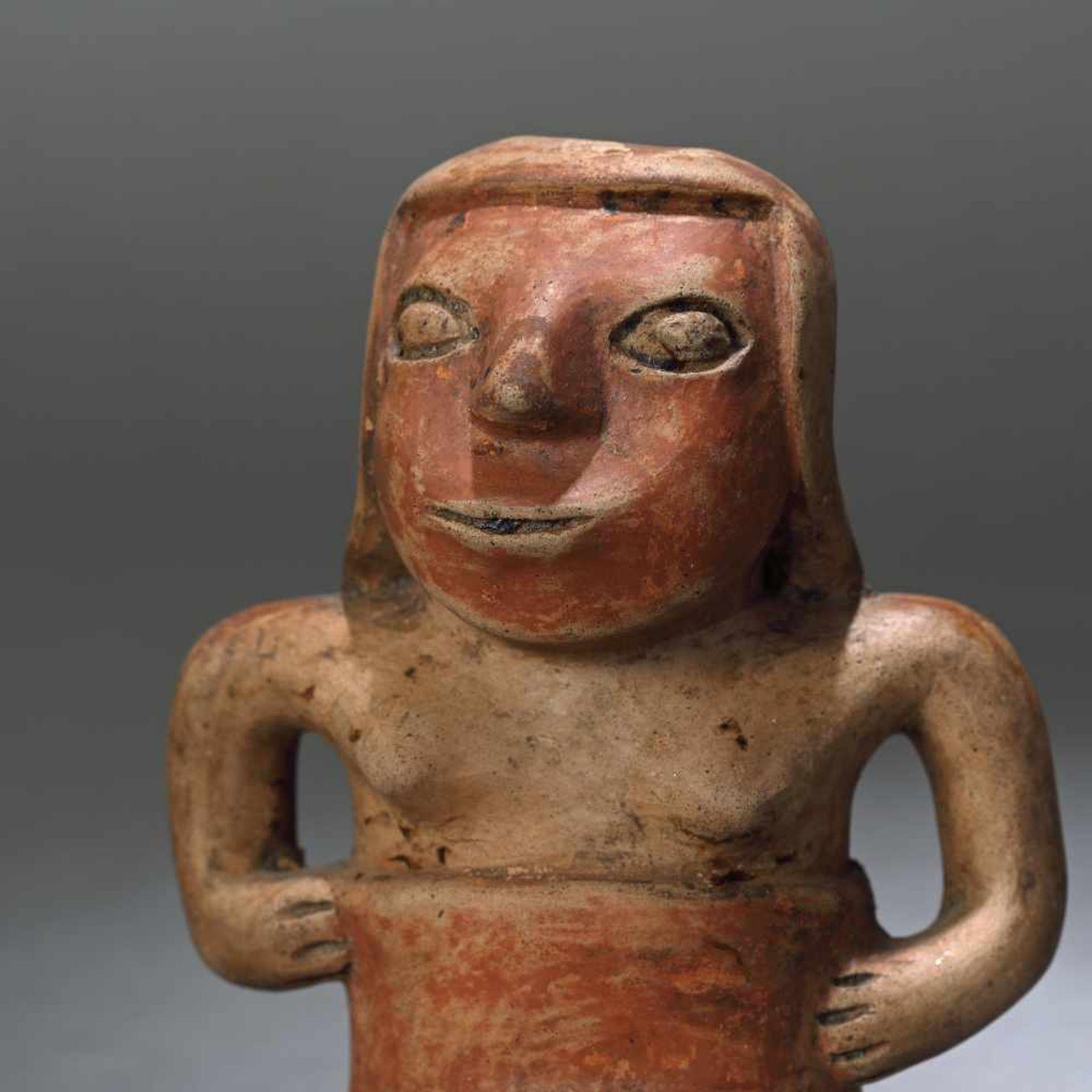 Ceramic statuette, depicting a female figure, Narino culture, Columbia, approx. 1,750 years old, 3rd - Bild 2 aus 6