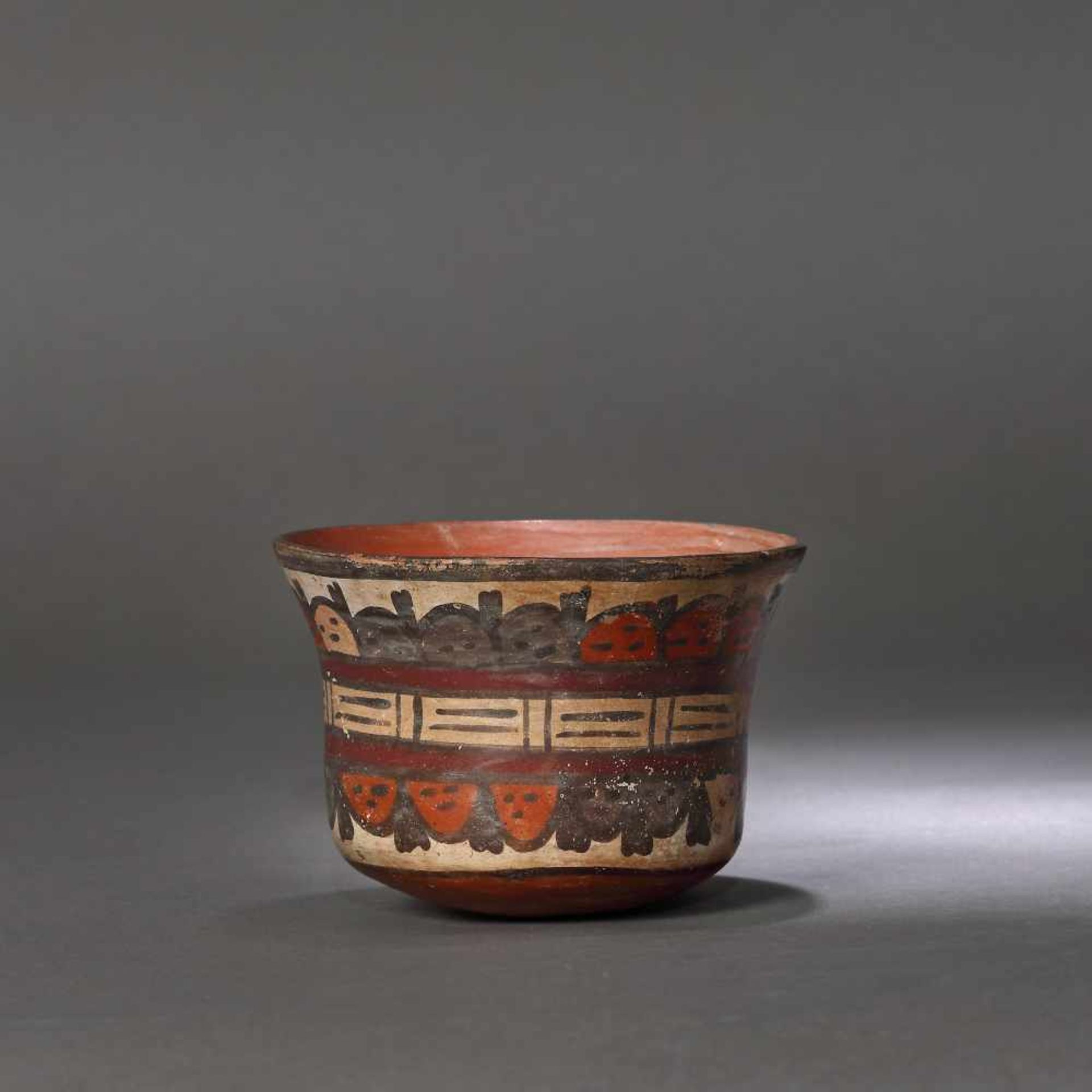 Painted ceramic vessel, decorated with beheaded heads, Nazca culture, Peru, approx. 1,350 years old,