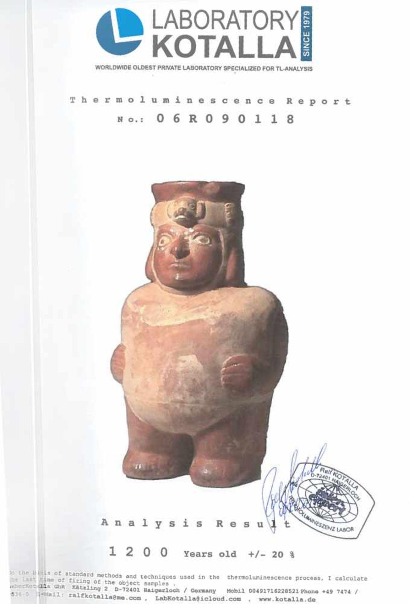 Painted ceramic vessel, illustrating a man, Moche culture, Peru, approx. 1,200 years old, 9th centur - Bild 6 aus 6