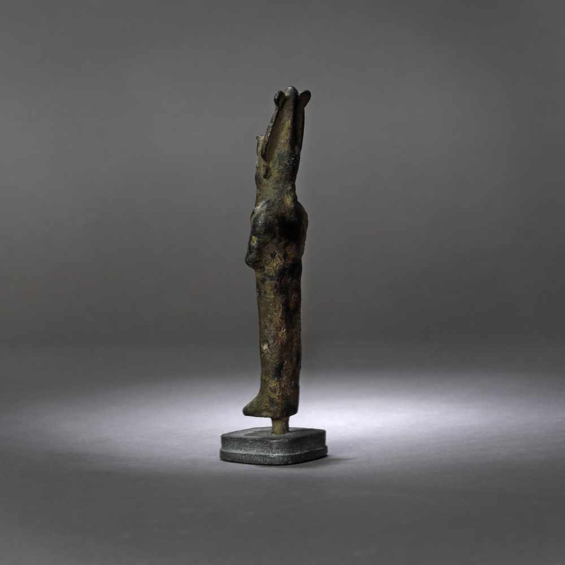 Egyptian bronze statuette, representing Osiris (god of life, afterlife and resurrection), probably t - Bild 3 aus 3