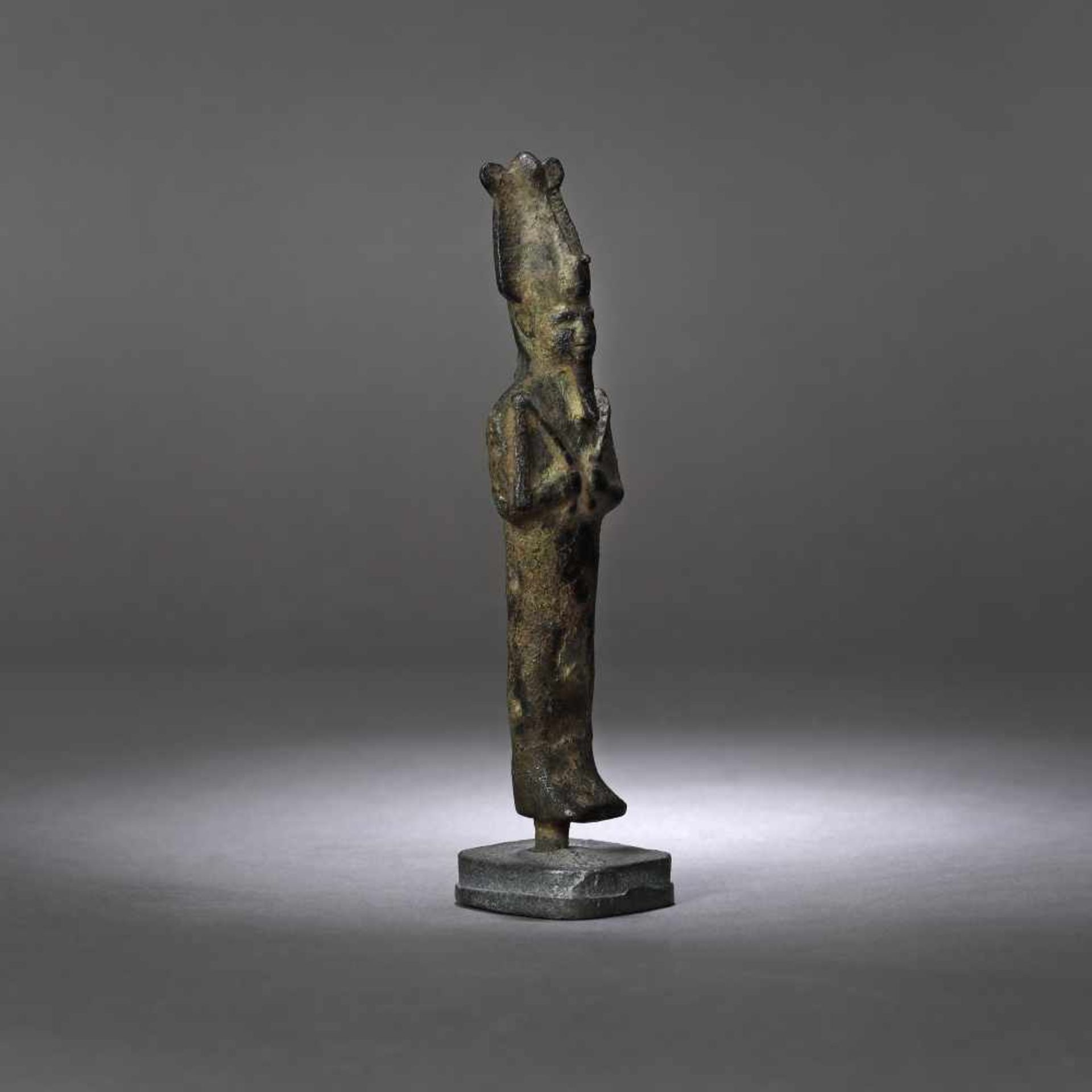 Egyptian bronze statuette, representing Osiris (god of life, afterlife and resurrection), probably t - Bild 2 aus 3