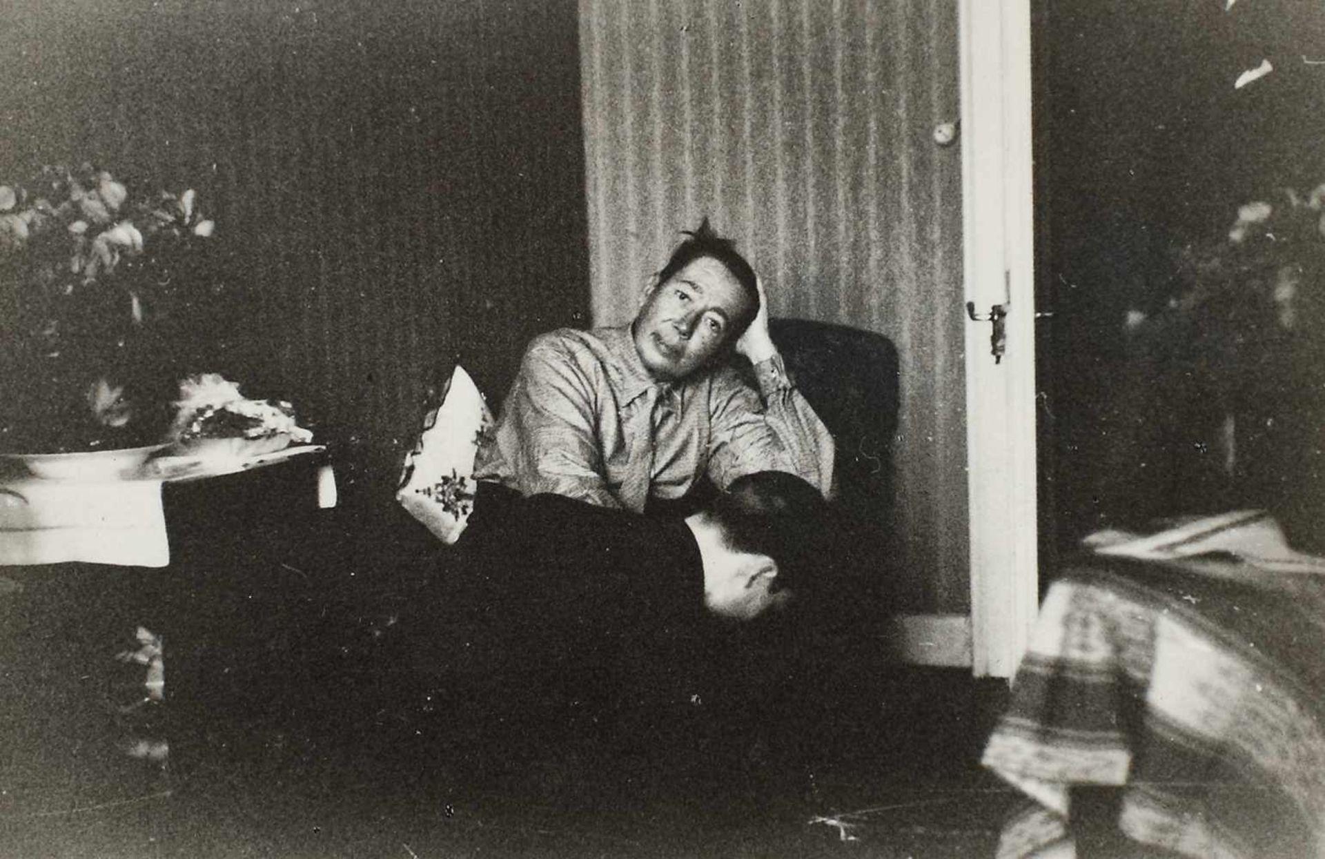 Seven photos illustrating Nicolae Titulescu, approx. 1940 - Bild 6 aus 8