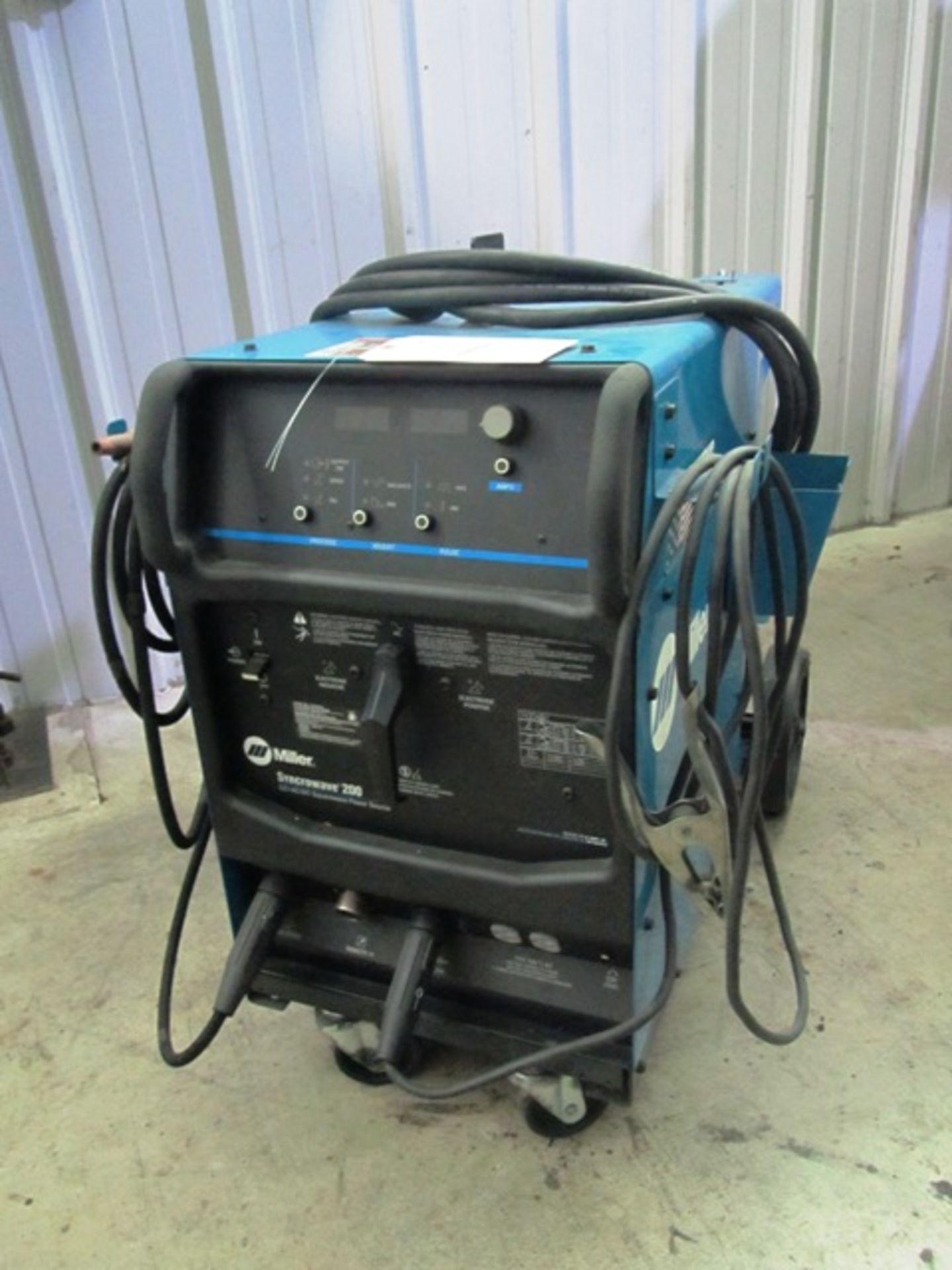 Lot 1 - Miller Syncrowave 200 Portable Tig Welder