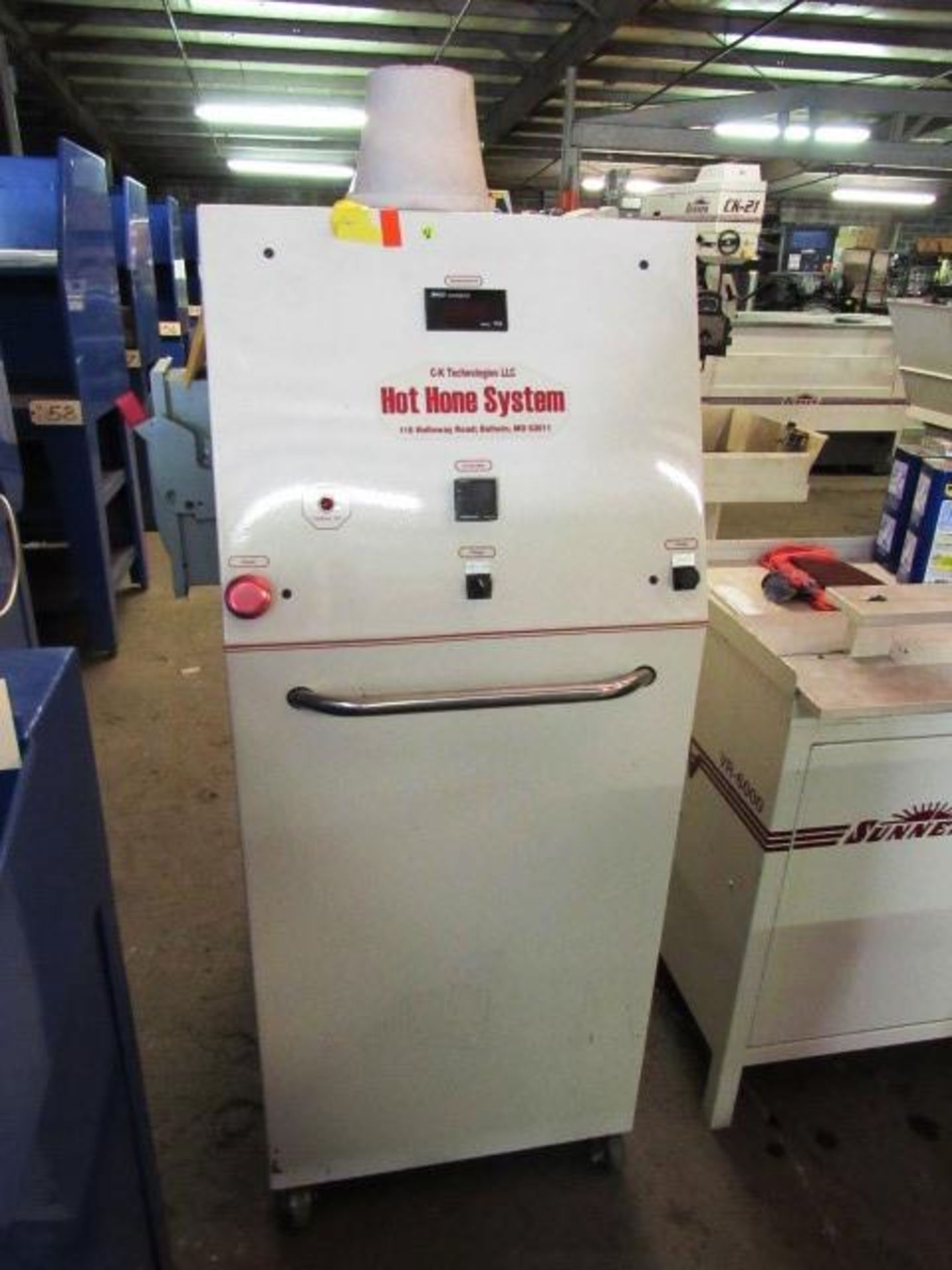 Lot 41 - C-K Engineering Portable Hot Hone System with Digital Readouts, sn:0030
