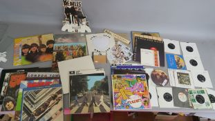 Beatles related lot from a closed record shop including Two Virgins Yoko Ono / John Lennon SS1 9999,