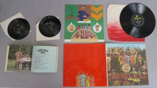 Beatles Sgt Peppers Lonely Hearts Club Band PMC 7027 Mono LP record with inner and insert, very good