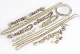 A bagged quantity of silver jewellery to include chains, bracelet, bangle etc, approx gross weight