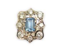 An 18ct white gold Art-Deco style aquamarine & diamond ring, the aquamarine weighws approx 0.