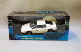 James Bond 007. A boxed Autoart 1:18 scale Lotus Esprit S1, issued in 1999, modelled on the