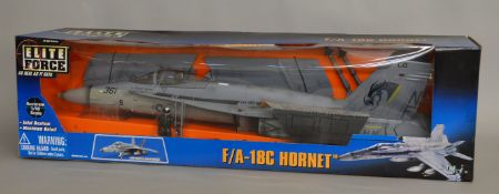 Elite Force F/A - 18C Hornet boxed 1:18 scale model (1).
