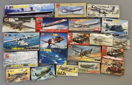 EX DEALER STOCK: 21x Airfix model kits including Aviation and Naval examples. All appear complete