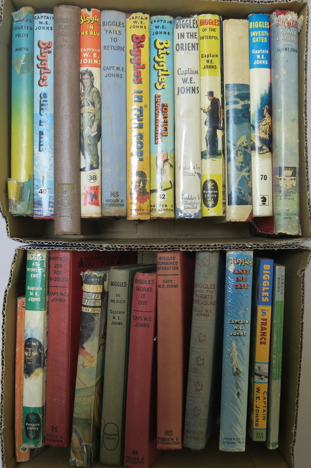 Lot 23 - Biggles and other books by Cpt. W. E. Johns hardbacks and paperbacks including first edition and