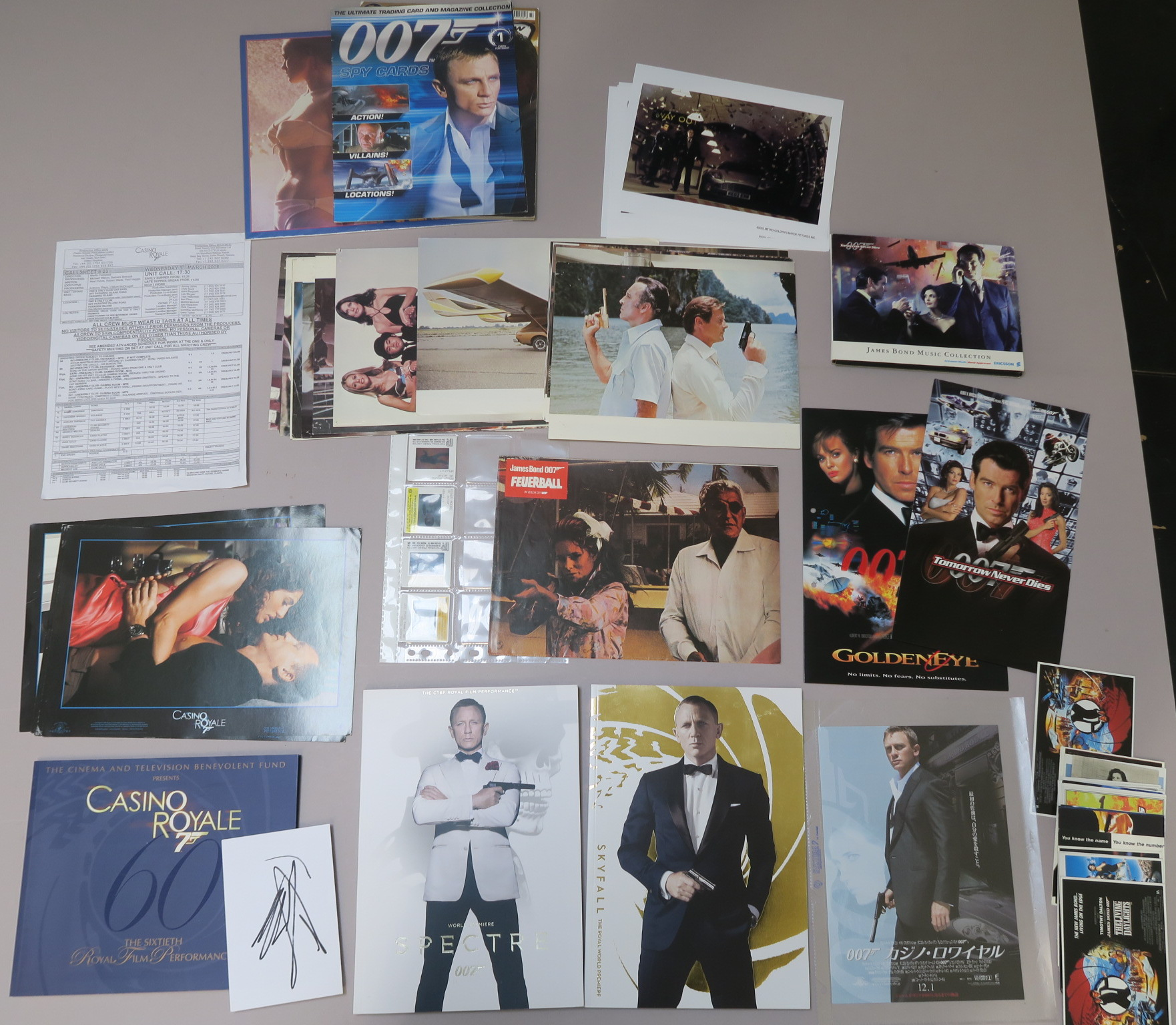 Lot 51 - James Bond collection including 20 The Man with the Golden Gun French front of house cards, 8 Casino