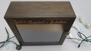 Zen Digital Jukebox tested and in working condition with key to open front and complete with