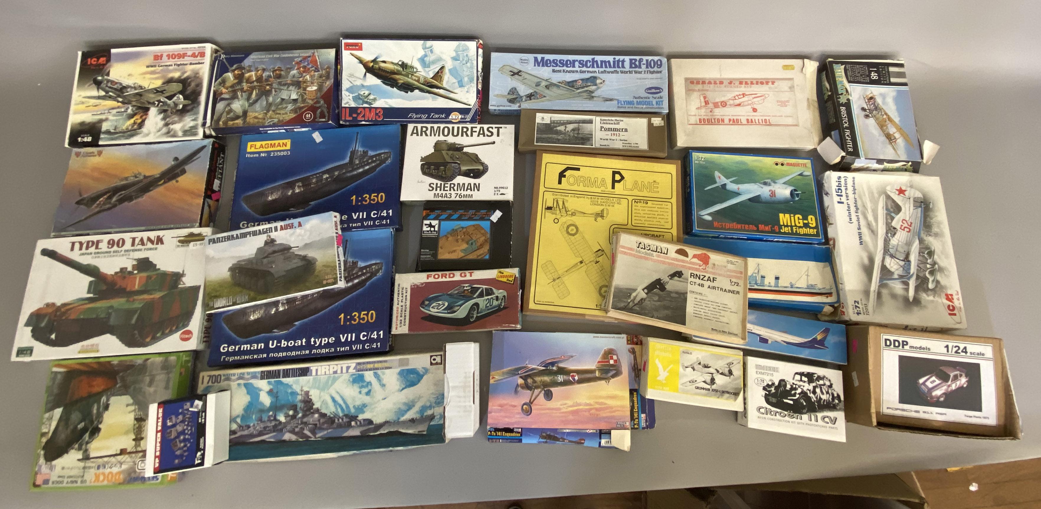 Lot 217 - EX DEALER STOCK: 29x assorted model kits including Flagman, Kitech, Maquette etc. All appear