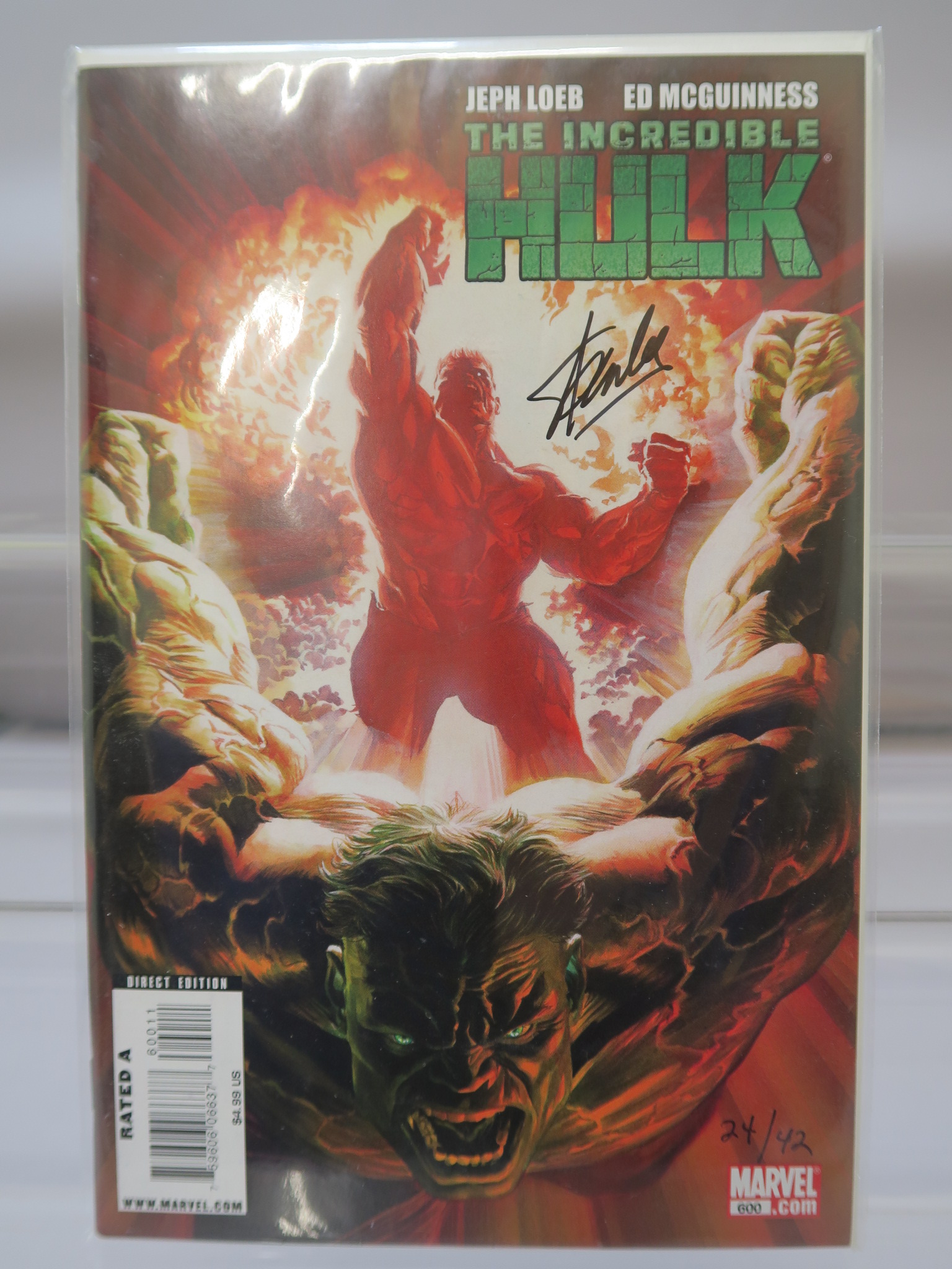 Lot 11 - Stan Lee signed Incredible Hulk #600 Marvel comic with Alex Ross painted cover and Dynamic Forces