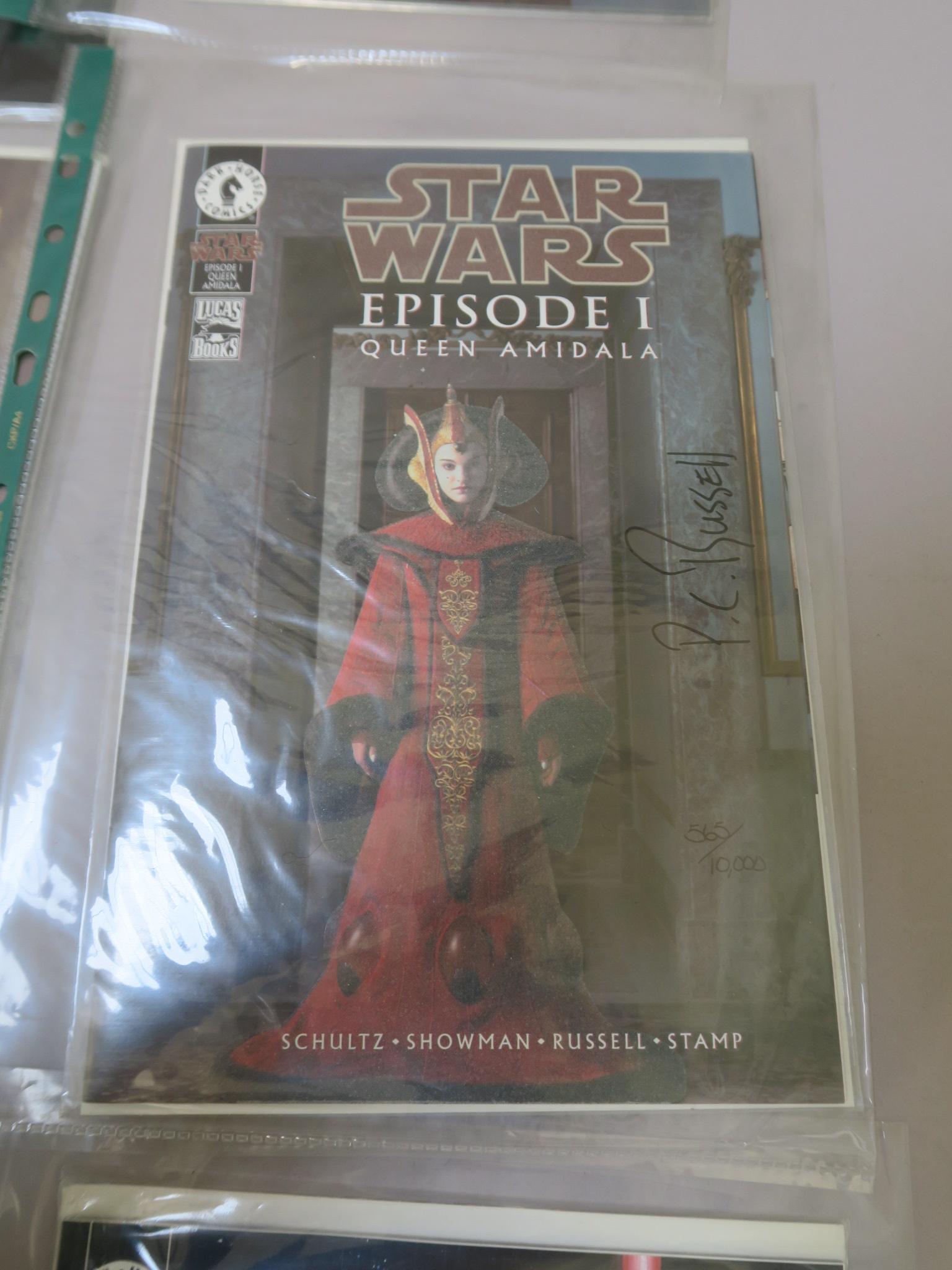 Lot 15 - Star Wars signed comics including Star Wars Queen Amidala #1 (signed by P. Craig Russell), Star Wars