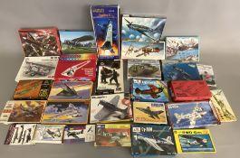 EX DEALER STOCK: 28x assorted model kits including Aliplast, Glencoe, Testors etc, various scales.