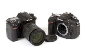 Nikon D7100 & D7000 DSLRs for SPARES or REPAIR.