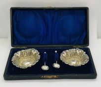 A cased set of hallmarked silver salts and spoons- William Davenport, 1900