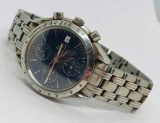 A gents Omega Speedmaster stainless steel automatic bracelet chronometer, having signed blue dial,