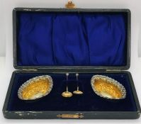 A cased set of hallmarked silver salts with gilded interiors, William Davenport, 1907
