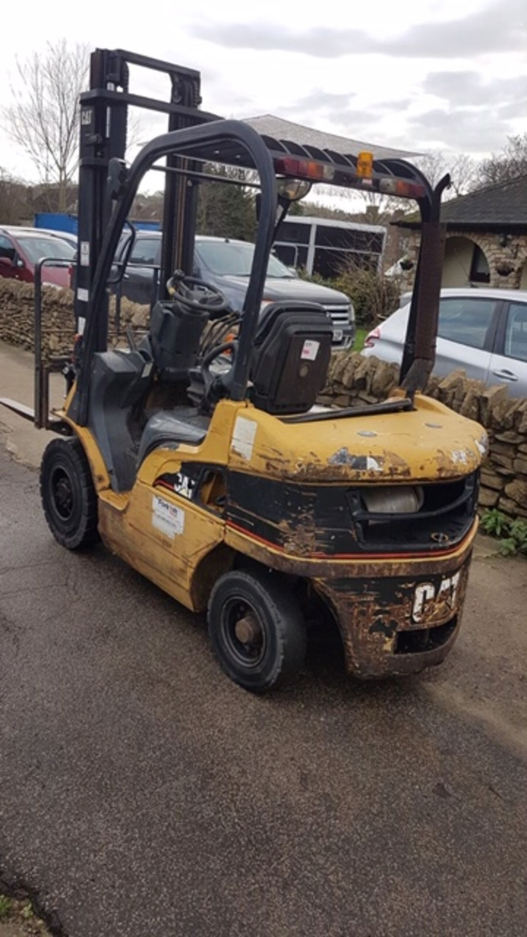 Lot 106 - CATERPILLAR DP25N DIESEL POWERED FORKLIFT TRUCK, YEAR 2004 BUILD, WITH SIDE SHIFT, 2.5 TONNE RATED