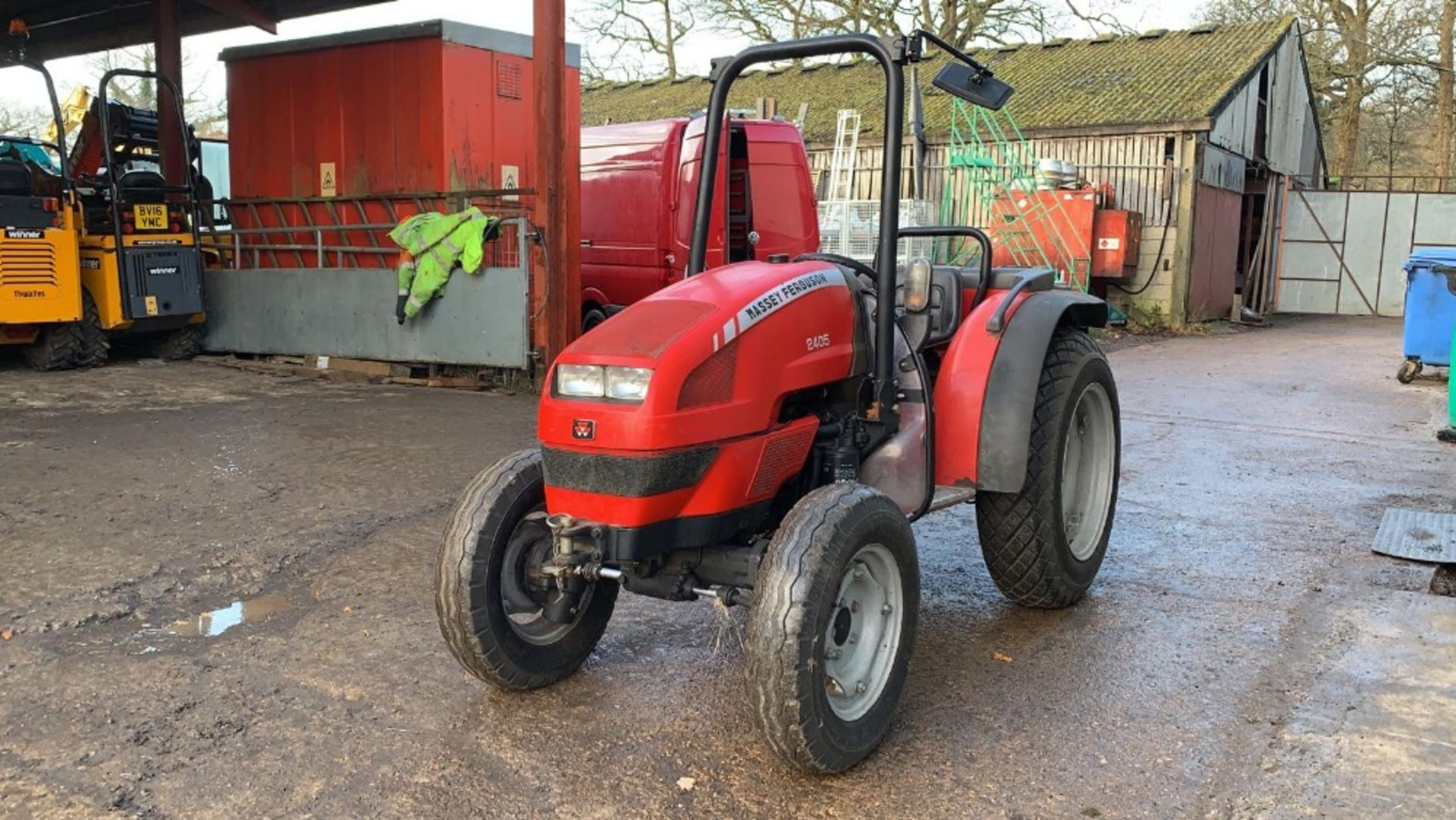 Lot 16 - MASSEY FERGUSON 2405 COMPACT TRACTOR, 4WD, 1197 REC HRS, YEAR 2006 BUILD, MITSUBISHI 3 CYLINDER