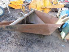 Large sized 'V' ditching bucket suitable for 20-30tonne excavator