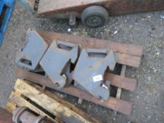 9 X TRACTOR WAFER WEIGHTS This item is being item sold under AMS…no vat will be on charged on the