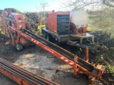 DITCH WITCH JET TRAC 440 DIRECTIONAL DRILLING BORING MACHINE. SUPPLIED WITH POWER PAC 40 HYDRAULIC