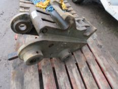 13 TONNE QUICK HITCH, REMOVED FROM MACHINE THAT WAS EXPORTED, UNTESTED