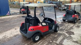 CLUBCAR ELECTRIC GOLF BUGGY, NON RUNNER, NO BATTERIES, INCOMPLETE YEAR 2004, NO KEYS. LOT