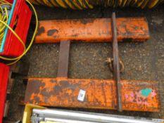 Forklift hook unit