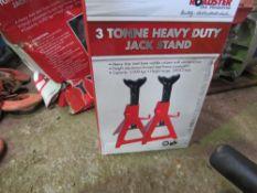 2 X 3TONNE AXLE STANDS PLUS 2 X 6 TONNE AXLE STANDS